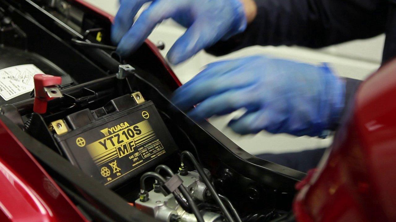 Yuasas Guide To Bike Batteries Motorcycle Battery Monitor