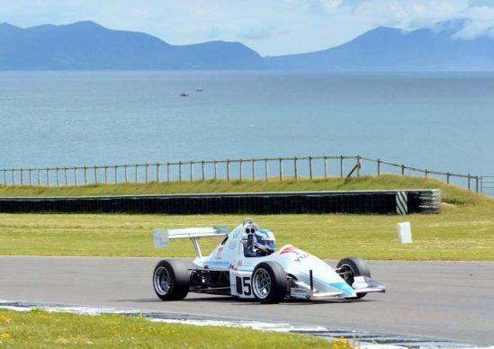 Rookie Yuasa driver Bradley Hobday dominates the 2015 British Sprint Championship