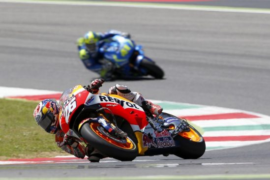 Marquez takes a magnificent 2nd place after intense battle with Lorenzo in Italy