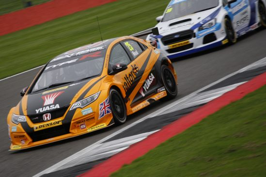 Shedden and Neal star at Silverstone to take title tussle down to the wire