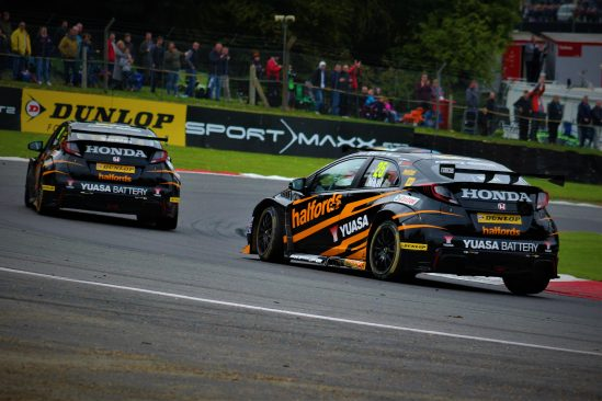 Halfords Yuasa RAcing Brands Hatch