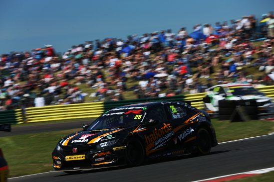 Neal fires himself firmly into title fight at Croft for Halfords Yuasa Racing