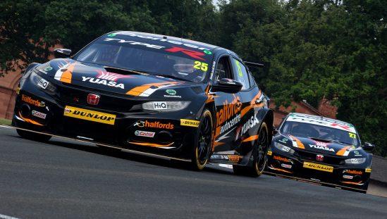 Matt Neal & Dan Cammish, Oulton Park