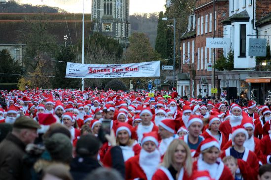 Yuasa power 3,000 Santas in Rotary Charity Fun Run
