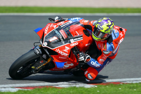 VisionTrack Ducati kick off title defence at Oulton with continued support from Yuasa